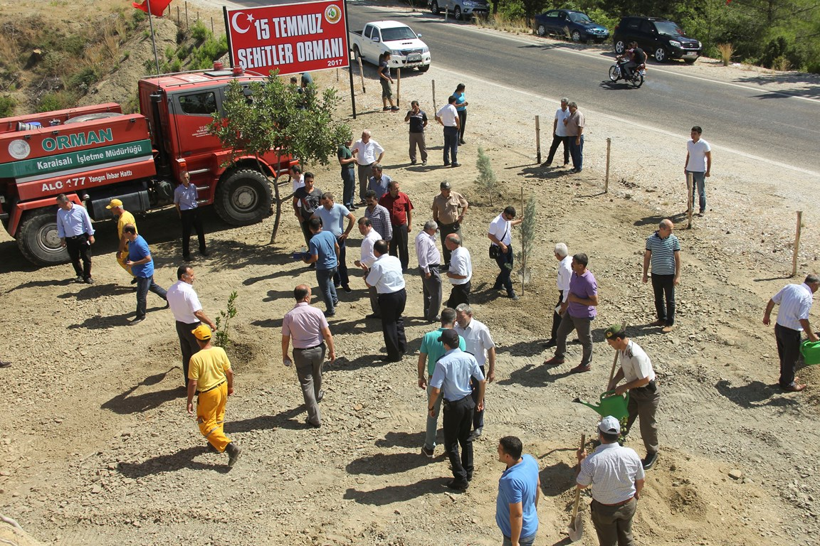 Karaisalı'da, 15 Temmuz Şehitleri Hatıra Ormanı Oluşturuldu
